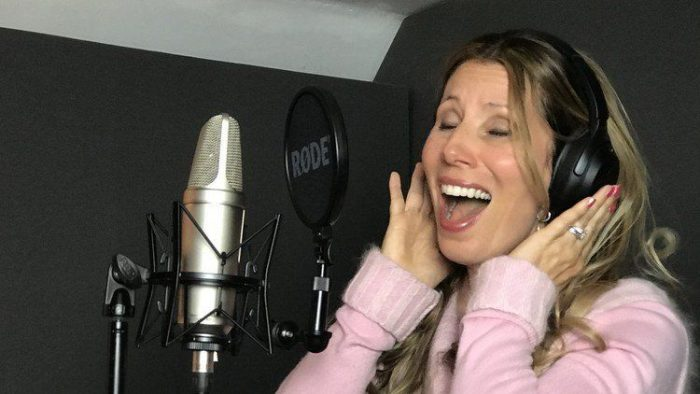 Learn to Sing Like a Pro Complete Singing Course TUTORiAL